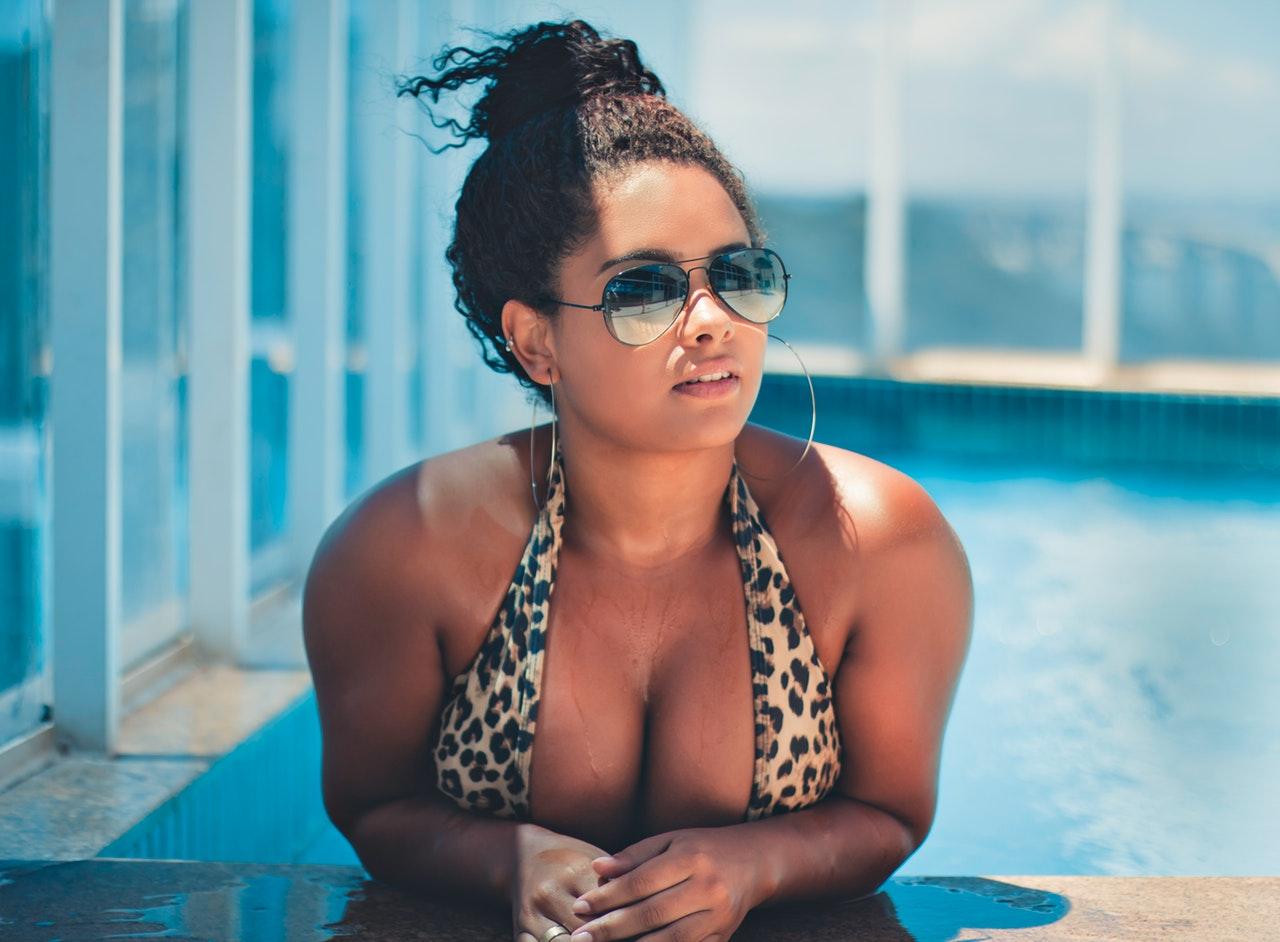 bikini-solbriller