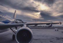 Gråt fly i lufthavn